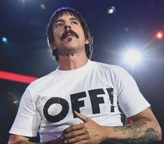 """780 Me gusta, 5 comentarios - Red Hot Chili Peppers (@fanatic.by.choice) en Instagram: """"#anthonykiedis #rhcp #redhotchilipeppers"""""""