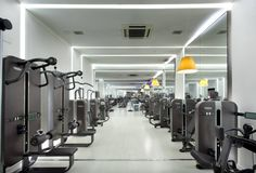 Metropolitan Balmes Barcellona features the latest Technogym technology in their fitness machines.