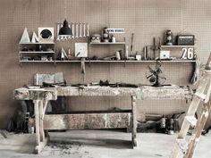Tomado type metal shelves  string_pocket_raw