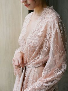 blush wedding lingerie robe for boudoir photo shoot styling Lace Bridal Robe, Bridal Robes, Wedding Lingerie, Honeymoon Lingerie, Wedding Boudoir, Wedding Shoot, Pretty Lingerie, Beautiful Lingerie, Shooting Photo Boudoir