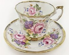 Elizabethan Pink Cabbage Rose Vintage Tea Cup- Vintage Tea Cup and Saucer - Tea Cup Set Tea Cup Set, My Cup Of Tea, Tea Cup Saucer, Tea Sets, Antique Tea Cups, Vintage Teacups, Tea Party Setting, Glass Tea Cups, Teapots And Cups
