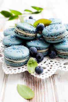 Blueberry French Macarons with White Chocolate Coconut Ganache-The Recipe-R.J.T Blueberry Park Inc. R.J.T ブルーベリーパーク 加拿大R.J.T蓝莓园