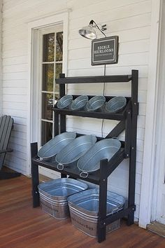 Inexpensive patio tin party rack. Drinks, ice, and snacks.