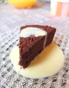 Gateau au chocolat et coco SG. Remplacer le lait par du lait de coco ou d'amandes pour intolerance ou pour être Paléo.
