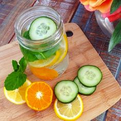 the spa drink - lemon and cucumber - to help you lose weight fast