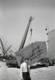 Rudi Weissenstein. Port Tel Aviv. 1939  [::SemAp Twitter ||...