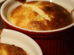 Clatite americane Cornbread, Pudding, Ethnic Recipes, Desserts, Food, Millet Bread, Tailgate Desserts, Deserts, Custard Pudding
