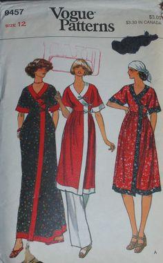 Vintage Vogue Sewing Pattern 9457 c1970s - Misses Tunic or Dress & Pants - Sz 12