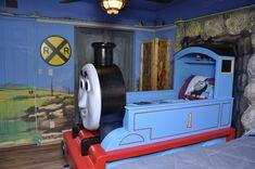 thomas the tank bedroom boys room train