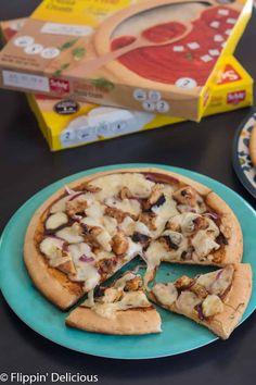 Gluten Free Grilled Pizza (spinach artichoke and barbecue chicken gluten free pizza recipe) - Gluten Free Crust, Gluten Free Grains, Spinach Artichoke Pizza, Barbecue Chicken Pizza, Dairy Free Pizza, Easy Summer Dinners, Grilled Pizza, Gluten Free Recipes For Dinner