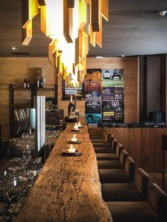 Holzhotel FORSTHOFALM | Leogang - Salzburger Land - marmelis | die Tirolerin Wellness Spa, Den, Conference Room, Cabin, Interior Design, Travel, Home Decor, One Glass Of Wine, Cottage House