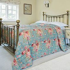 Buy Bouquet Quilted Cotton Bedspread from Museum Selection 135