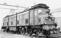 Swiss Railways, Electric Train, Electric Locomotive, Car Garage, Steampunk, Magic, Vehicles, Display Stands, Train