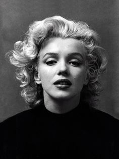 June 1926 – August 1962 Actress Marilyn Monroe was born Norma Jeane Mortenson on June in Los Angeles, California. During her all-too-brief life, Marilyn Monroe overcame a dif… Marylin Monroe, Fotos Marilyn Monroe, Marilyn Monroe Portrait, Marilyn Monroe Style, Marilyn Monroe Drawing, Monroe Quotes, Famous Photographers, Norma Jeane, Old Hollywood