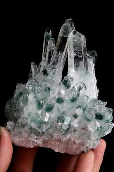 589g New Find Green Phantom Quartz Crystal Cluster Mineral Specimen Healing