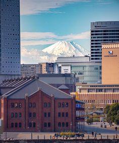 "KANAGAWA Photo Club on Instagram: "". 🏆 @naonao705410 🏆 ..........⬆️........... チェックしてみて👍 . Location 赤レンガ倉庫 横浜市 . 神奈川県の写真スポットを紹介するアカウントです。 . 素晴らしい景色の写真に タグ ▶️…"" Yokohama, Louvre, Building, Travel, Instagram, Viajes, Buildings, Trips, Construction"