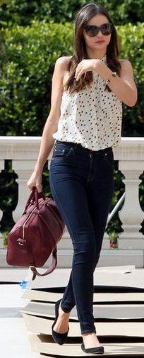 Miranda Kerr. Blusa holgada sin mangas