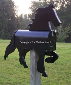 Horse Shaped Mailboxes,Unique Novelty Handcrafted Horse Mailboxes in all breeds of horses. Custom, hand painted, Novelty Horse Shaped Mailboxes made to resemble your favorite horse. Truly the most Unique Functional Art for your Home or Stable. Mailbox Makeover, Diy Mailbox, Mailbox Ideas, Unique Mailboxes, Painted Mailboxes, Horse Crafts, Wood Crafts, Wood Craft Patterns, Horse Fencing