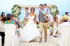 27 Love-Filled Photos Of Brides And Grooms With Their Kids