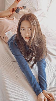 Cute Asian Girls, Sweet Girls, Kpop Girl Groups, Kpop Girls, My Girl Song, Jiho Oh My Girl, Get Skinny Legs, How To Speak Korean, Korean Actresses