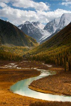satakentia:Where the River Begins by Denis CherkashinAltai Mountains, Siberia, Russia