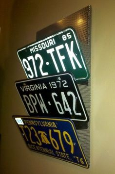 Crazy Diy Projects For Vintage License Plates - Best Craft Projects Crazy Diy Projects For Vintage License Plates<br> Crazy Diy Projects For Vintage License Plates - Best Craft Projects License Plate Crafts, Old License Plates, License Plate Art, License Plate Ideas, Licence Plates, Diy Organisation, Wall Organization, Organizing Tools, Diy Projects Vintage