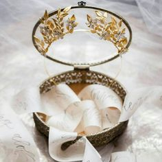 Simply stunning crown  #Repost @amoreeventco  Oh My Gosh! We are just a few clicks away from 4k followers! Am I totally nerdy for being excited about this moment? @jennmignonne - crown @reveriesupply - photo and @poppyandscooter - calligraphy @amoreeventco - styling @paisleyandjade - tray #celebrate #styled #moody #aedesigns #engaged #charlottesville #charlottesvilleweddings #cvilleweddings by emmahuntlondon