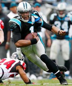 Cam Newton from the Carolina Panthers on his way to the end zone. TOUCHDOWN!