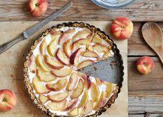 Flourless and Gluten-Free Peach Yogurt Tart Healthy Fruit Desserts, Delicious Desserts, Dessert Recipes, Yummy Food, Healthy Recipes, Dessert Ideas, Healthy Eats, Gluten Free Peach, Full Fat Yogurt