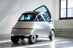 Switzerland's Micro Mobility Systems revealed the new Microlino electric microcar design coming to Europe in 2021 for It also showed the Microletta three-wheeled electric motorbike for the first time. Electric Scooter, Electric Motor, Electric Cars, Bmw Isetta, Microcar, Third Wheel, E Scooter, Geneva Motor Show, Cars