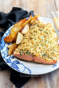 Baked Salmon Recipes, Fish Recipes, Lunch Recipes, Seafood Recipes, Healthy Recipes, Mumbai Street Food, Dairy Free Diet, Best Italian Recipes, Food Hacks