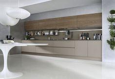 Cucina laccata lineare SYSTEM Composizione 06 by Pedini