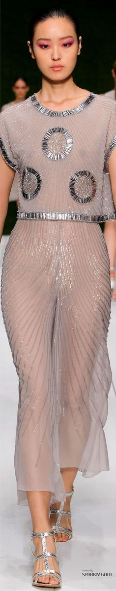 Laura Biagiotti Spring 2017 RTW Fashion 2017, Couture Fashion, Fashion News, Runway Fashion, High Fashion, Fashion Beauty, Womens Fashion, Spring Fashion, Designer Gowns