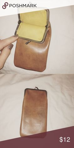Sunglasses pouch made with leather Vintage. Wonderful condition Bags Wallets