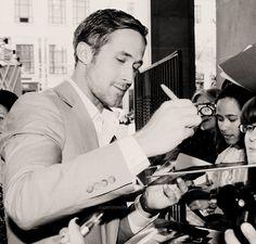 ryan gosling - Hey Girl, I've taken up calligraphy - I heard you like it. <-Love it @Jan Hurst.