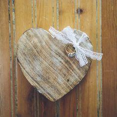¿Qué tal lleváis el día, corazones? #labodaderuthyjavi #cuentibodas // Foto de @jimenaroquero // www.bodasdecuento.com