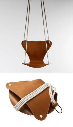 Fritz Hansen 7er-stol gynge i samarbejde med Louis Vuitton Lækker leg i flot design ;)