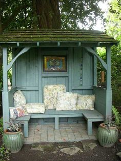 Amazing Shed Plans - abri jardin lecture Plus - Now You Can Build ANY Shed In A Weekend Even If You've Zero Woodworking Experience! Start building amazing sheds the easier way with a collection of shed plans! Outdoor Rooms, Outdoor Gardens, Outdoor Living, Outdoor Sheds, Rustic Gardens, Rustic Garden Decor, Vintage Garden Decor, Outdoor Decor, Gazebos