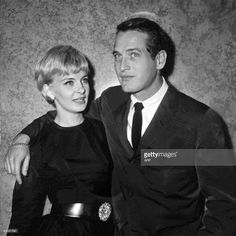 -- A file photo dated 13 October 1960 shows US actors Paul Newman (R) and Joanne Woodward in Paris during the presentation of their film 'From the Terrace'. Oscar-winning screen legend and philanthropist Paul Newman has died of cancer at 83, his foundation announced on September 27, 2008.