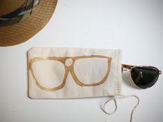 DIY sunglass case... making this next rainy day.
