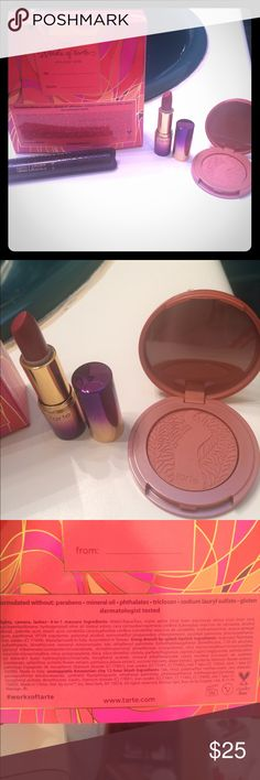 TARTE HOLIDAY SET Brand new LIMITED edition TARTE HOLIDAY SET. Includes mini lights camera lashes mascara, mini lipstick and an Amazonian clay blush in unstoppable. Sephora Makeup