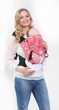 With coral reds, creams and whites, the Kokadi Flip Hilde in Wonderland Baby Carrier makes a real urban fashion statement. Short People, People Like, Design Online Shop, Baby Presents, Woven Wrap, Baby Online, Baby Wearing, Urban Fashion, Wonderland