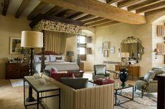 INTERIOR DESIGN ∙ HOUSES ABROAD ∙ Pays De La Loire - Todhunter EarleTodhunter Earle