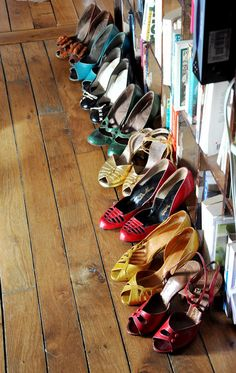 I want all of these in size 7,5 .....BUNGKUSSSS