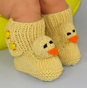 FREE Baby Chick Boots (Booties) - via @Craftsy