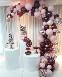 Quinceanera Party Planning – 5 Secrets For Having The Best Mexican Birthday Party Balloon Arch, Balloon Garland, Balloon Decorations, Birthday Party Decorations, Wedding Decorations, Moms 50th Birthday, Birthday Parties, Deco Ballon, Decoration Evenementielle
