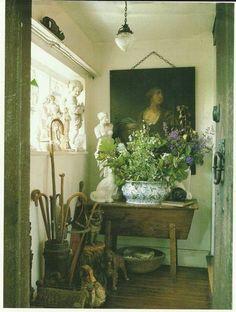 This Ivy House - Modern Design Cozy Cottage, Cottage Style, Irish Cottage, Interior Bohemio, English Country Decor, French Country, Country Charm, English Interior, Ivy House