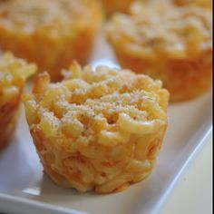 Mac and Cheese Muffins Mac N Cheese Cups - delish and a party favorite (my party goers didn't like them at room temp.)Mac N Cheese Cups - delish and a party favorite (my party goers didn't like them at room temp. Mac And Cheese Cupcakes, Mac And Cheese Muffins, Mac And Cheese Cups, Easy Mac And Cheese, Mac Cheese, Cheese Food, Cheese Party, Macaroni Cheese, Macaroni Pie