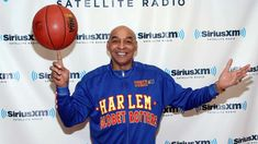 Stars We've Lost in 2020 | Entertainment Tonight Basketball Photos, Basketball Skills, Basketball Teams, Harlem Globetrotters, Cbs Sports, Housewives Of Beverly Hills, Entertainment Tonight, Sports Figures