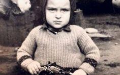 Ovaj dečak je danas političar : Superstar - Znate li ko je na ovoj slici